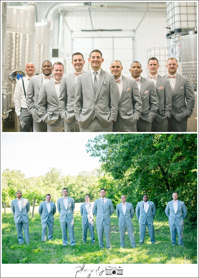12-groom-and-groomsmen-vineyard-wedding-party-portraits-gray-suits-Seattle-wedding-photographer-Wedding-Photography-by-Betty-Elaine