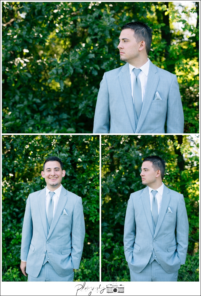 16-groom-details-vineyard-portraits-gray-suit-Seattle-wedding-photographer-Wedding-Photography-by-Betty-Elaine