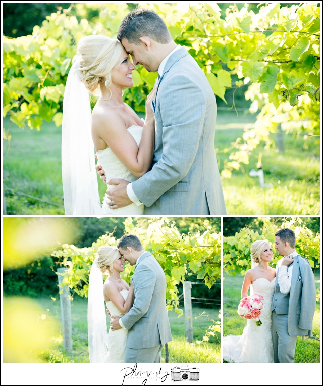 35-bride-groom-photos-bridal-married-noboleis-vineyards-Seattle-wedding-photographer-Wedding-Photography-by-Betty-Elaine