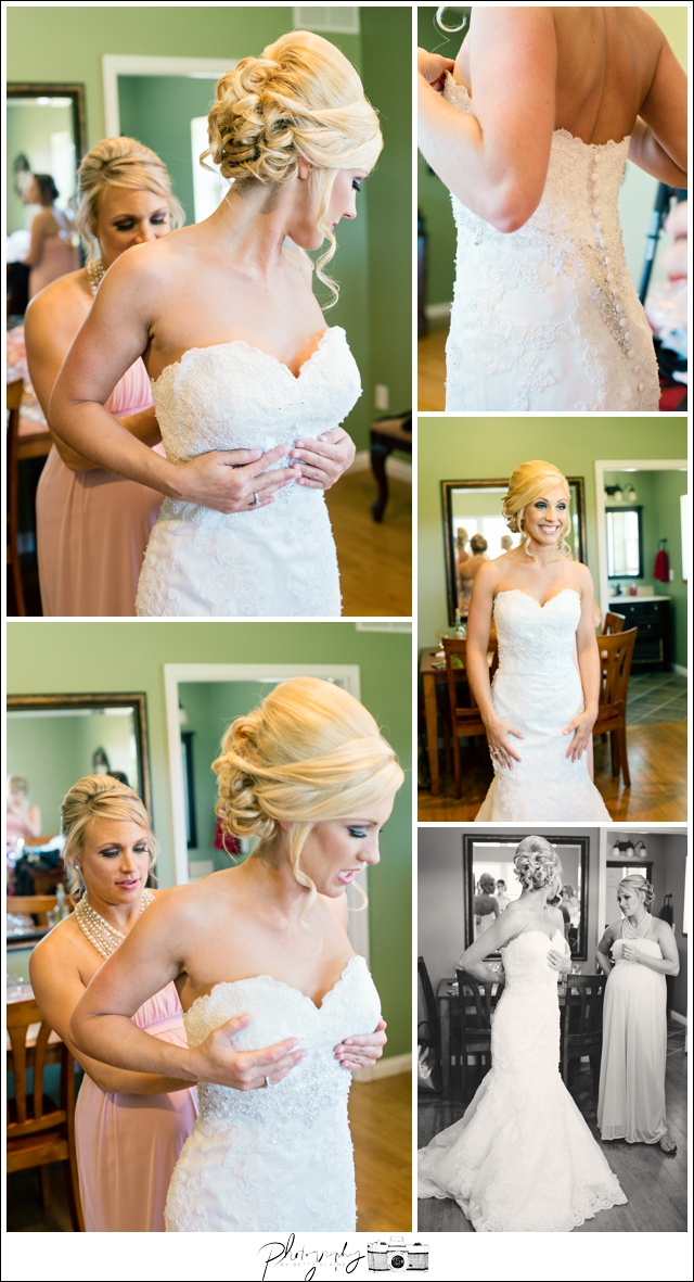 4-bride-getting-ready-wedding-dress-Seattle-wedding-photographer-Wedding-Photography-by-Betty-Elaine