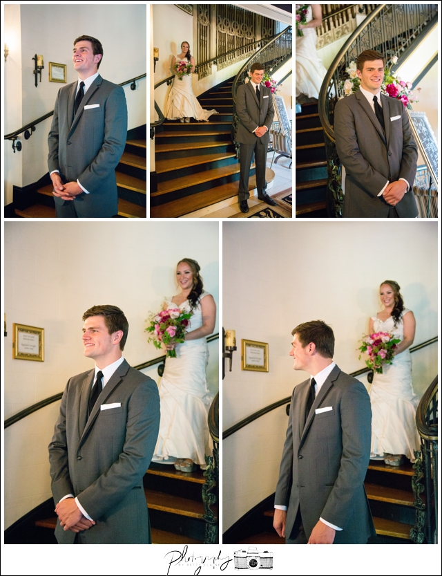 10-First-Look-Grand-Island-Mansion-Walnut-Grove-CA-Staircase-Seattle-Wedding-Photographer-Photography-by-Betty-Elaine