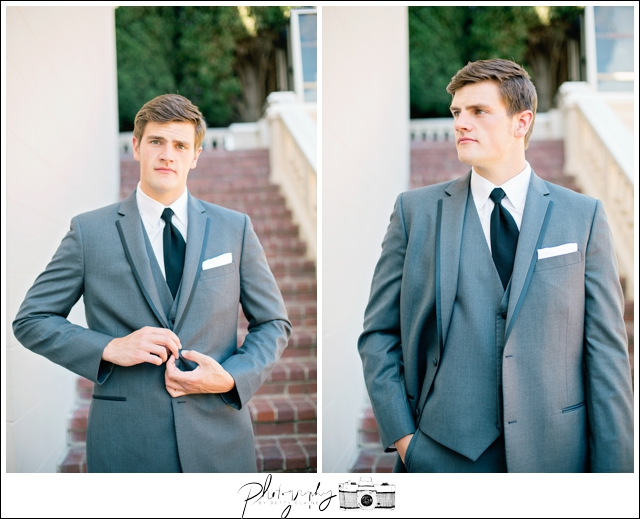 15-Groom-Portraits-Wedding-Day-Grey-Suit-Grand-Island-Mansion-Seattle-Wedding-Photographer-Photography-by-Betty-Elaine
