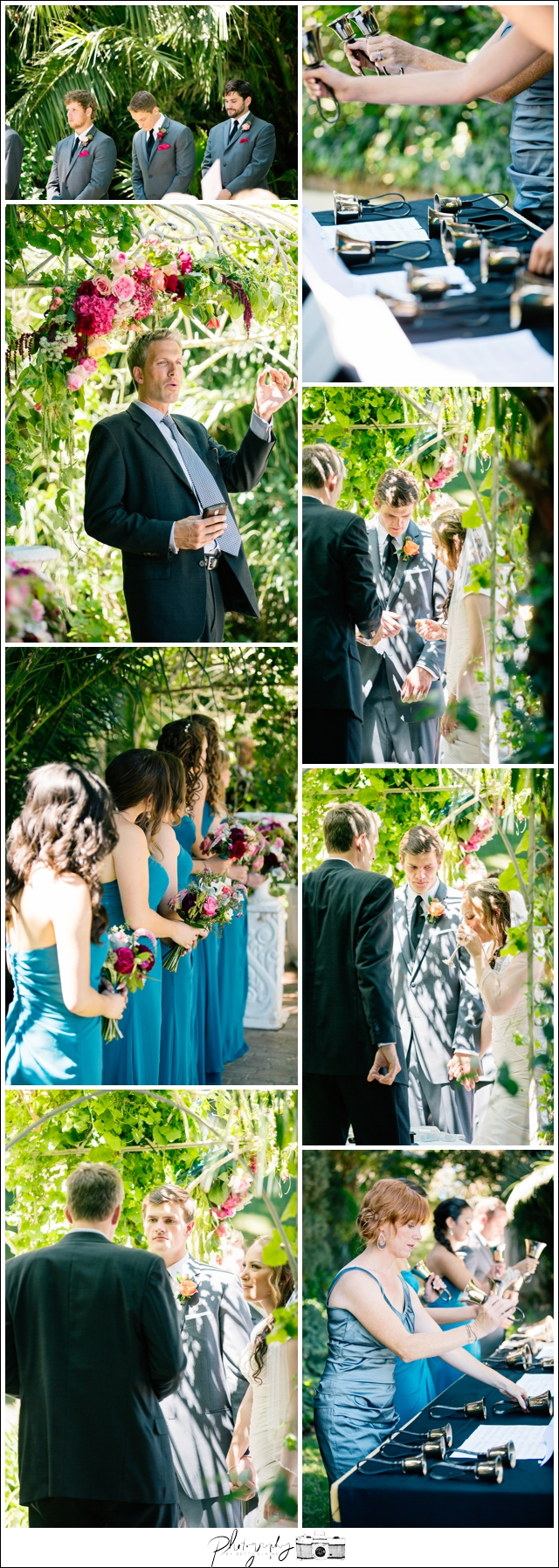 29-Ceremony-Outdoors-Bride-Groom-Bell-Choir-Seattle-Wedding-Photographer-Photography-by-Betty-Elaine