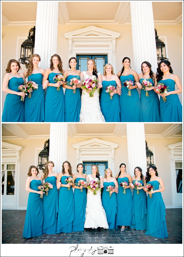 36-Grand-Island-Mansion-Bridal-Portraits-Teal-Floor-Length-Bridesmaids-Dresses-Bride-Bouquets-Flowers-Seattle-Wedding-Photographer-Photography-by-Betty-Elaine