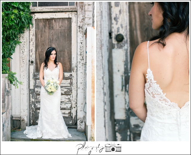 14-Bridal-Portraits-Wedding-Bouquet-Snohomish-Historic-Downtown-Wedding-Photography-by-Betty-Elaine-Seattle-Wedding-Photographer