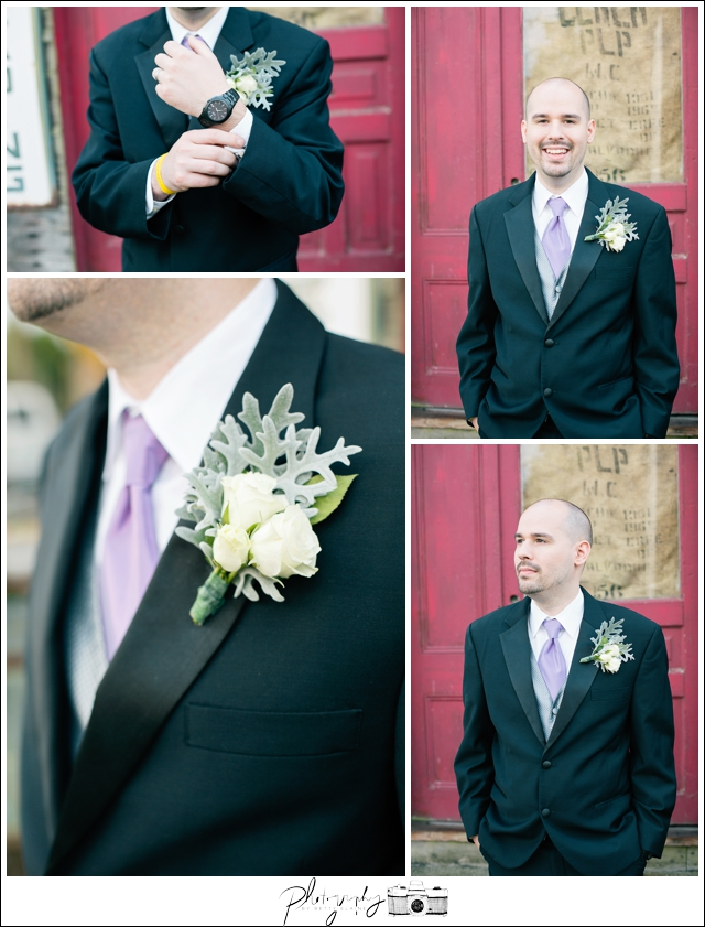 15-Groom-Portraits-Boutonniere-Snohomish-Historic-Downtown-Wedding-Photography-by-Betty-Elaine-Seattle-Wedding-Photographer