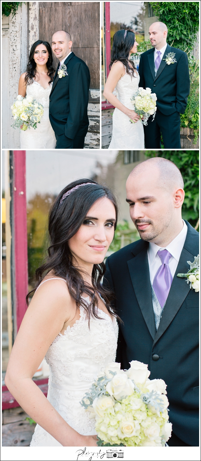 18-Bridal-Portraits-Bride-Groom-Wedding-Bouquet-Snohomish-Historic-Downtown-Wedding-Photography-by-Betty-Elaine-Seattle-Wedding-Photographer
