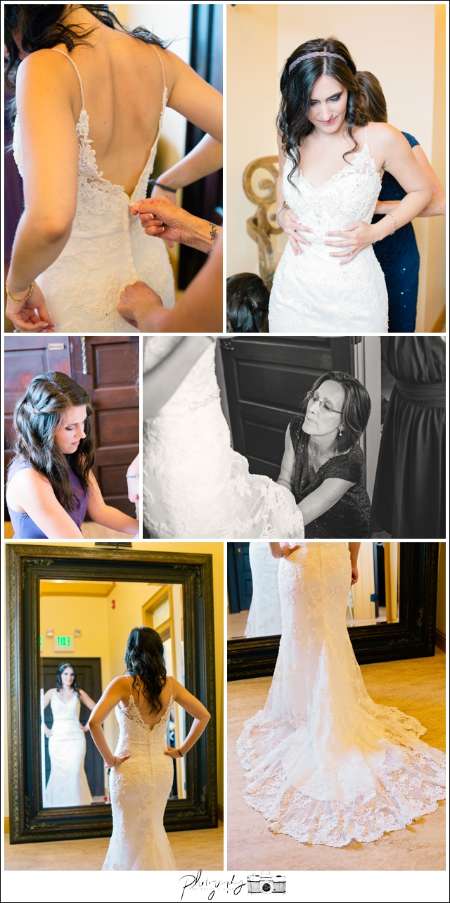 4-Getting-Ready-Bridal-Wedding-Dress-Snohomish-Wedding-Photography-by-Betty-Elaine-Seattle-Wedding-Photographer