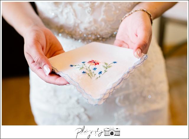 5-Something-Old-Snohomish-Wedding-Photography-by-Betty-Elaine-Seattle-Wedding-Photographer
