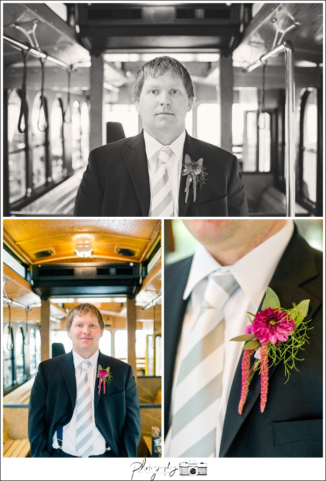 8-First-Look-Trolley-rainy-day-Groom-Pittsburgh-Seattle-Wedding-Photography-by-Betty-Elaine