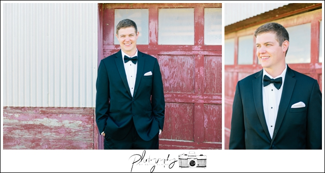 11-Vera-Wang-Black-Suits-Bow-Tie-Groom-Portraits-Farm-Property-Seattle-Wedding-Photographer-Photography-by-Betty-Elaine