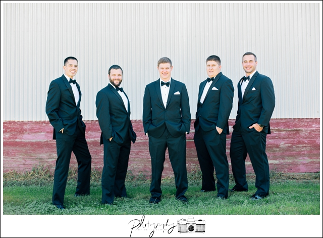 13-Groomsmen-Vera-Wang-Black-Suits-Groom-Portraits-Farm-Property-Seattle-Wedding-Photographer-Photography-by-Betty-Elaine