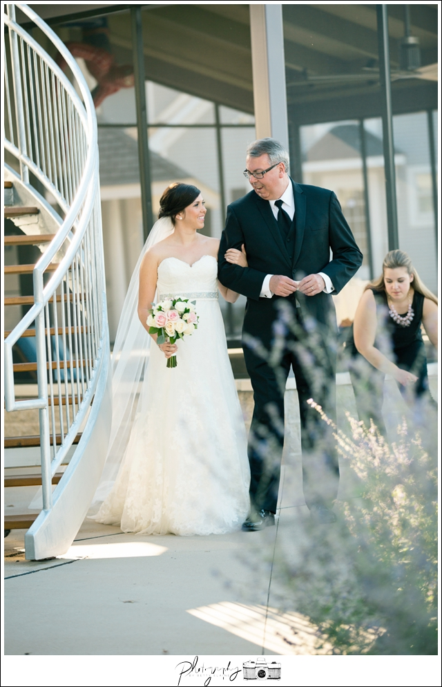 23-Processional-Father-of-Bride-Lakeside-Ceremony-Farm-Wedding-Seattle-Wedding-Photographer-Photography-by-Betty-Elaine