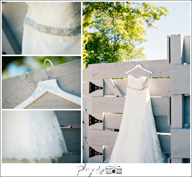 4-Watters-Bridal-Gown-Wedding-Dress-BHLDN-beaded-belt-Classic-Farm-Wedding-Seattle-Wedding-Photographer-Photography-by-Betty-Elaine