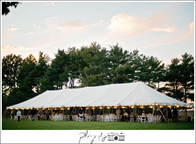 46-Classic-Farm-Wedding-White-Tent-Reception-Seattle-Wedding-Photographer-Photography-by-Betty-Elaine