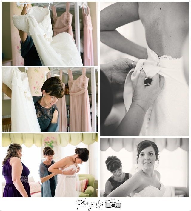 7-Getting-Ready-Watters-Wedding-Dress-Seattle-Wedding-Photographer-Photography-by-Betty-Elaine