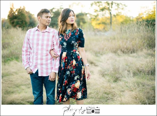 Engagement-Photographer-Sunset-Seattle-Wedding-Photography-by-Betty-Elaine_0010