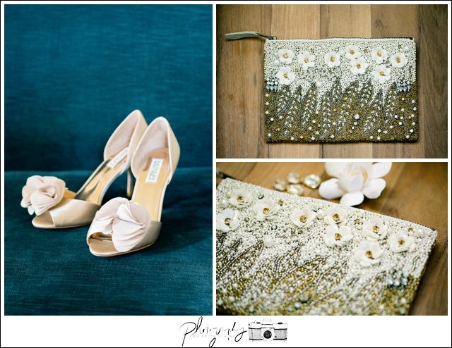 2-Getting-Ready-Details-Bride-Shoes-Badgley-Mischka-Seattle-Wedding-Photograpaher