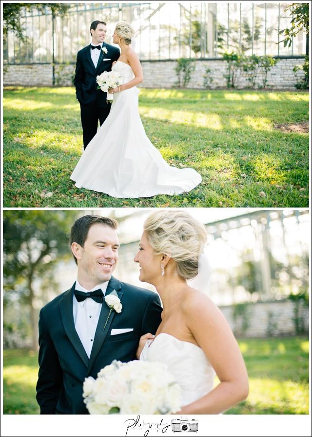 24-Bride-Groom-Married-Elegant-Portraits-Seattle-Wedding-Photographer-Photography-by-Betty-Elaine