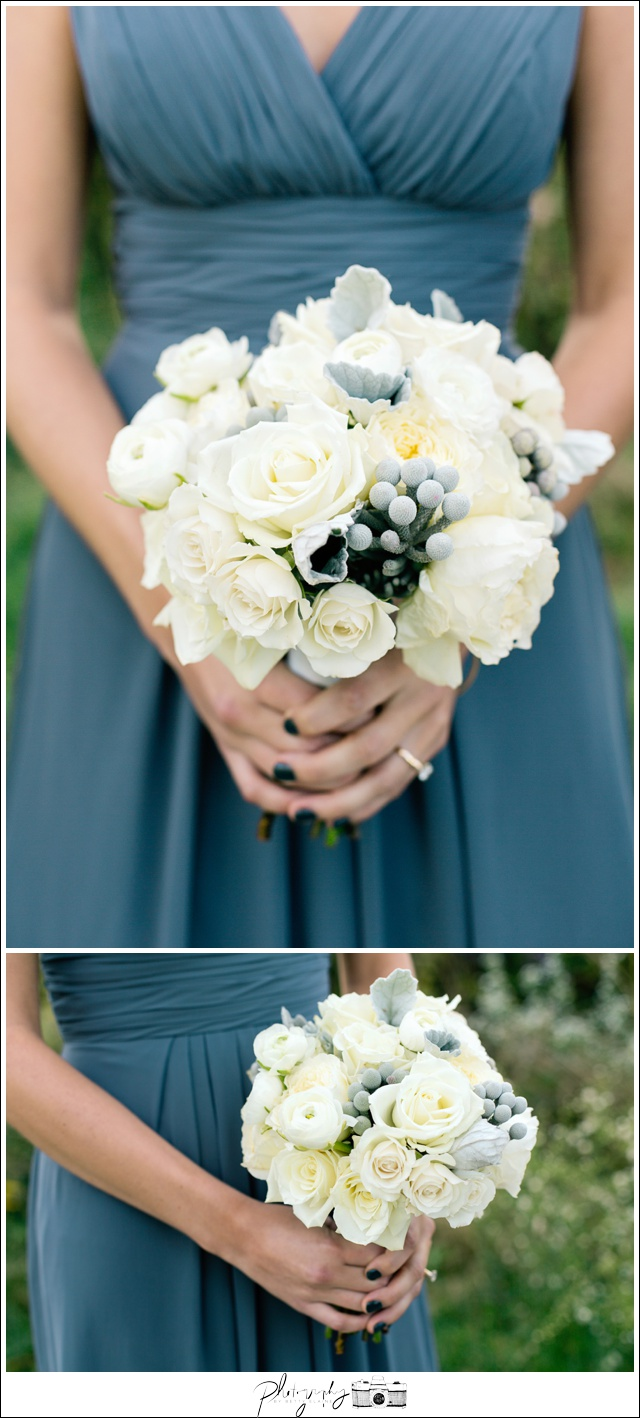 30-Elegant-Flowers-white-bouquet-Seattle-Wedding-Photographer-Photography-by-Betty-Elaine