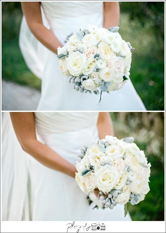 32-Elegant-Flowers-white-bridal-bouquet-Seattle-Wedding-Photographer-Photography-by-Betty-Elaine