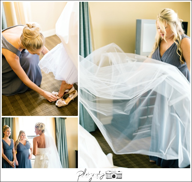 4-Getting-Ready-Bridal-Gown-Romona-Keveza-Dress-Wedding-Photograpahy