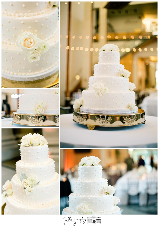 44-Traditional-Wedding-Cake-Seattle-Wedding-Photographer-Photography-by-Betty-Elaine