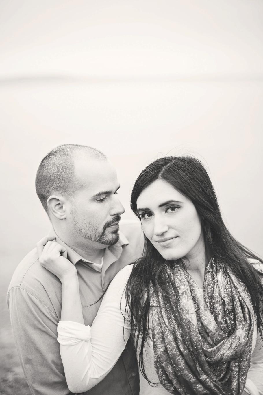 2-Northwest-PNW-Carkeek-Ocean-Seaside-Rainy-Engagement-Photographer-Seattle-Wedding-Photography-by-Betty-Elaine