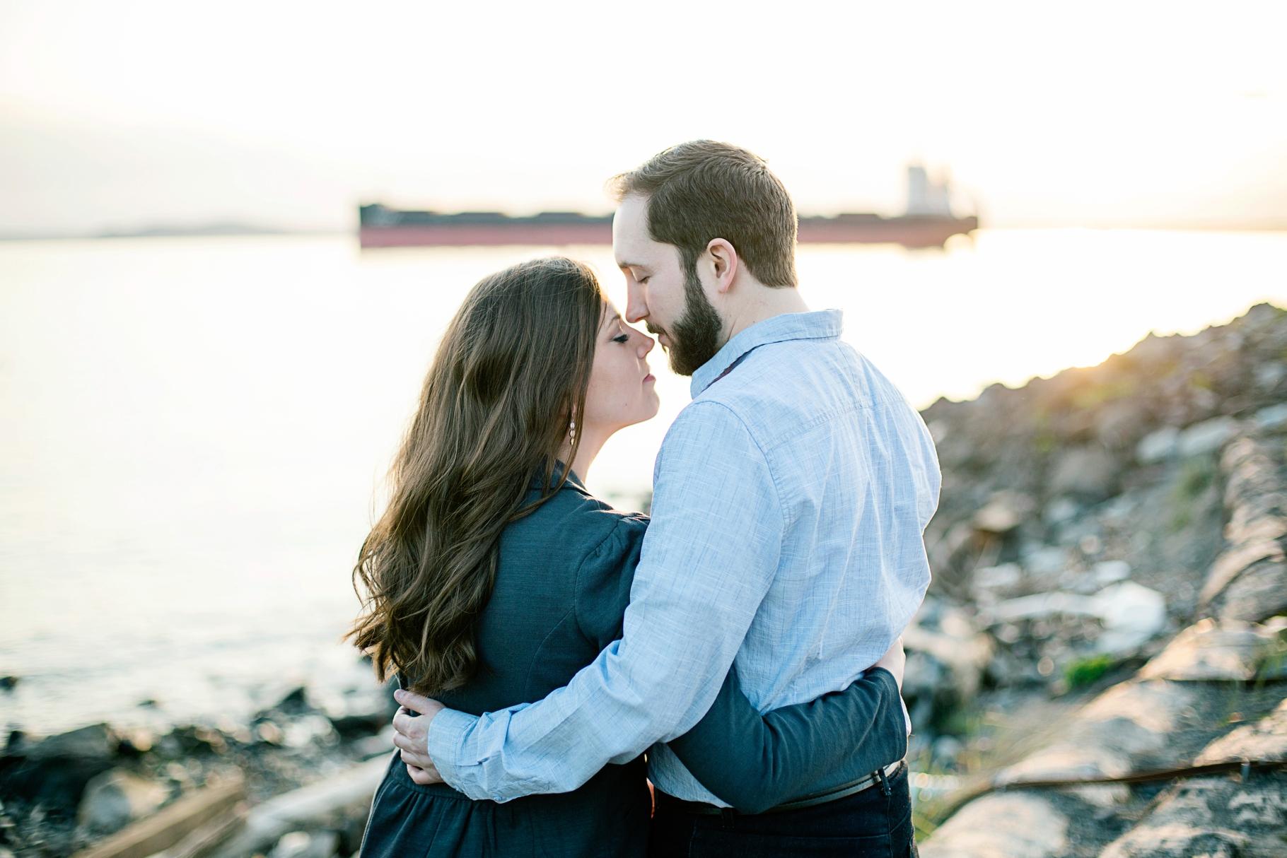 11-Pacfic-Northwest-Engaged-Seattle-Waterfront-Myrtle-Edwards-Park-Romantic-Ocean-Sunset-Driftwood-Beach-Enagement-Photographer-Wedding-Photography-by-Betty-Elaine