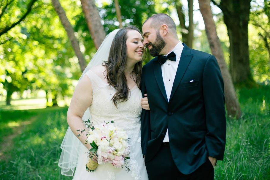 1-Bride-Groom-Romantic-Woodland-Park-Seattle-Wedding-Photographer-Photography-by-Betty-Elaine