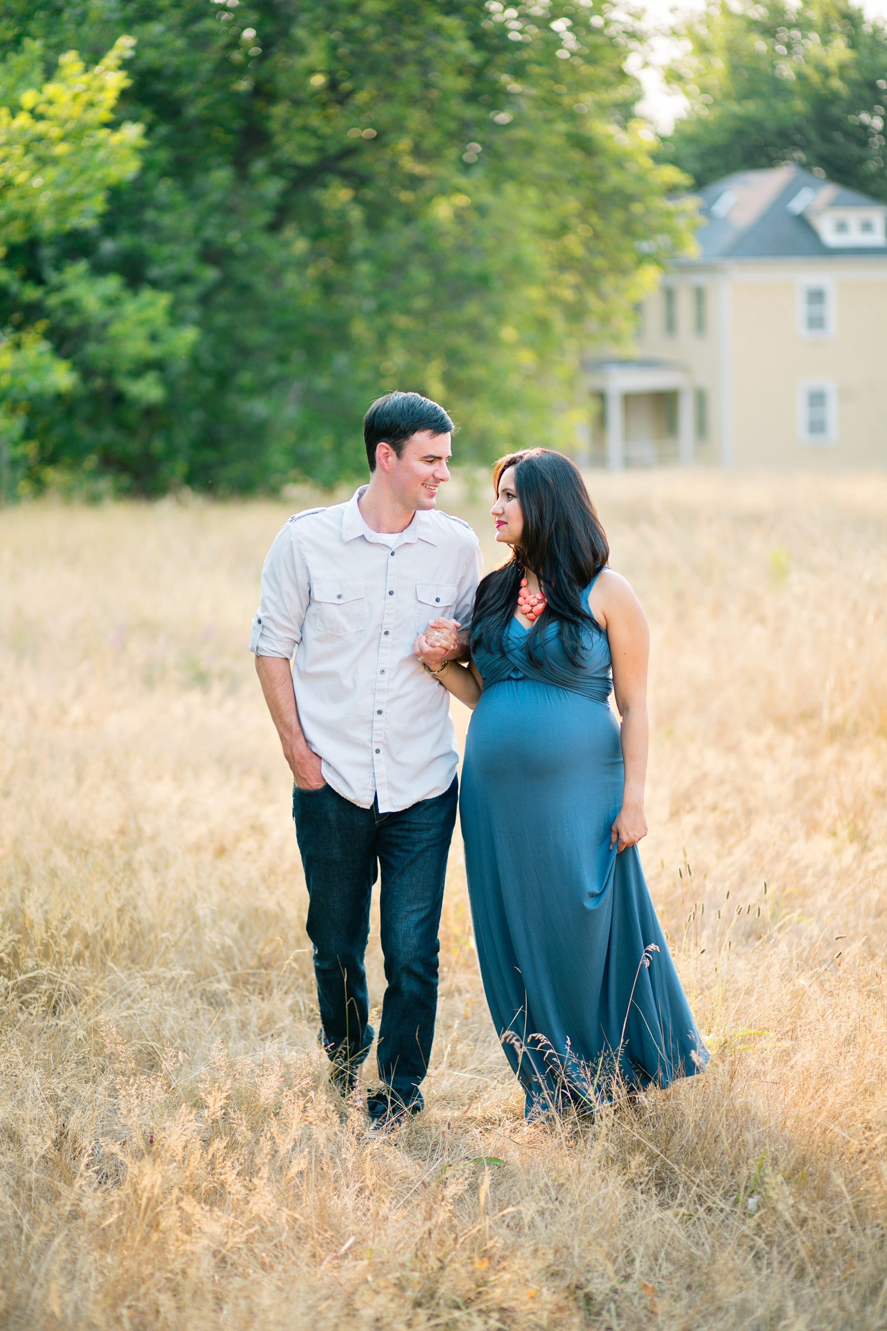 Maternity-Portraits-Photography-Discovery-Park-Seattle-Photographer_0005