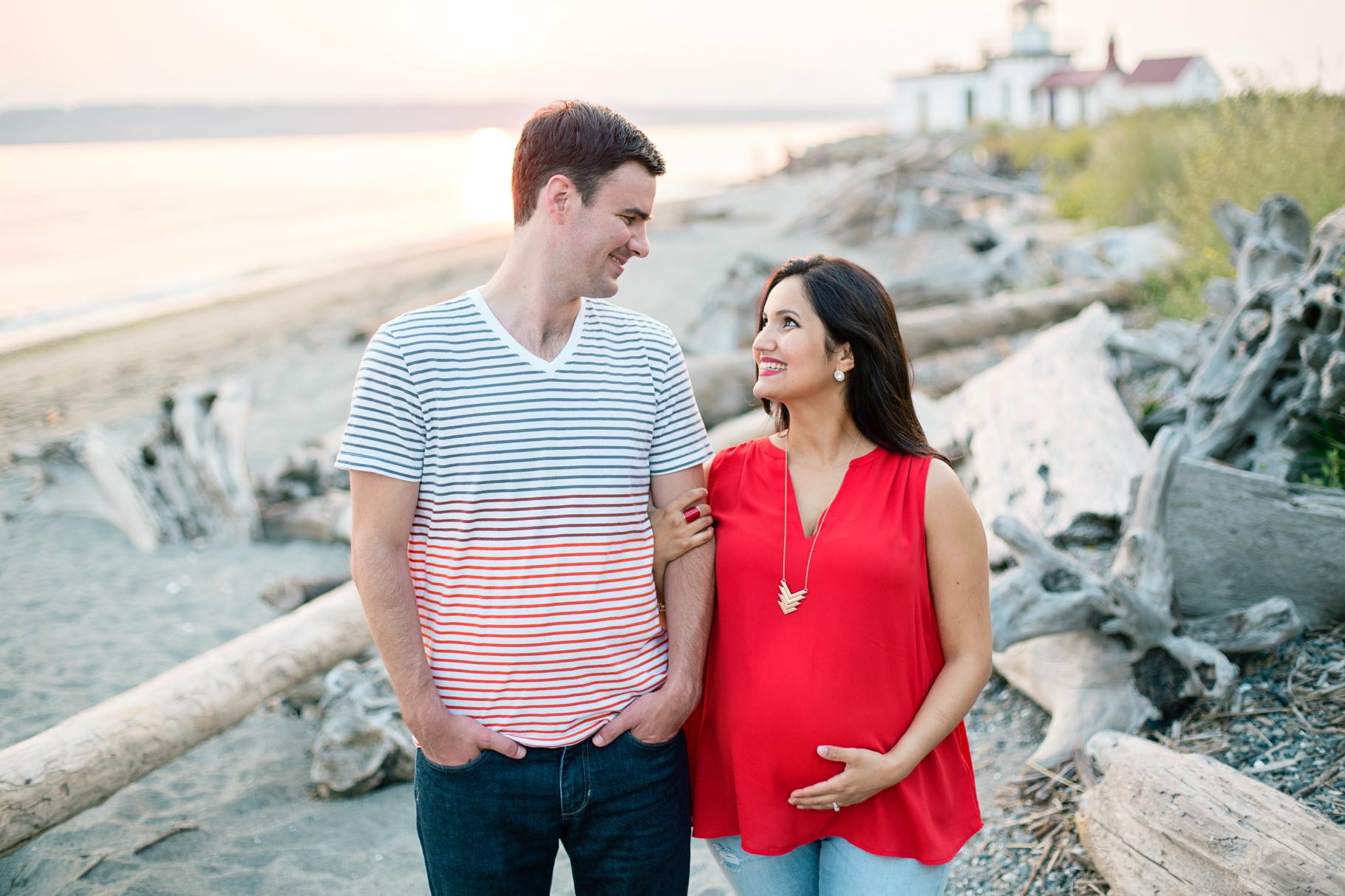 Maternity-Portraits-Photography-Discovery-Park-Seattle-Photographer_0011