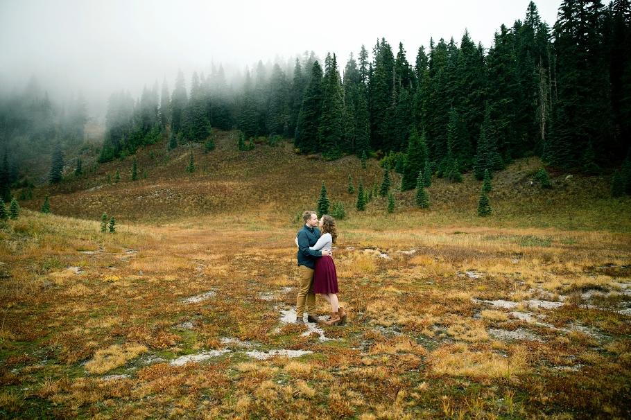 1-Mount-Rainier-National-Park-Photos-Anniversary-Sesssion-Adventure-Wonderland-Trail-PCT-Fall-Northwest-Photographer-Seattle-Wedding-Photography-by-Betty-Elaine