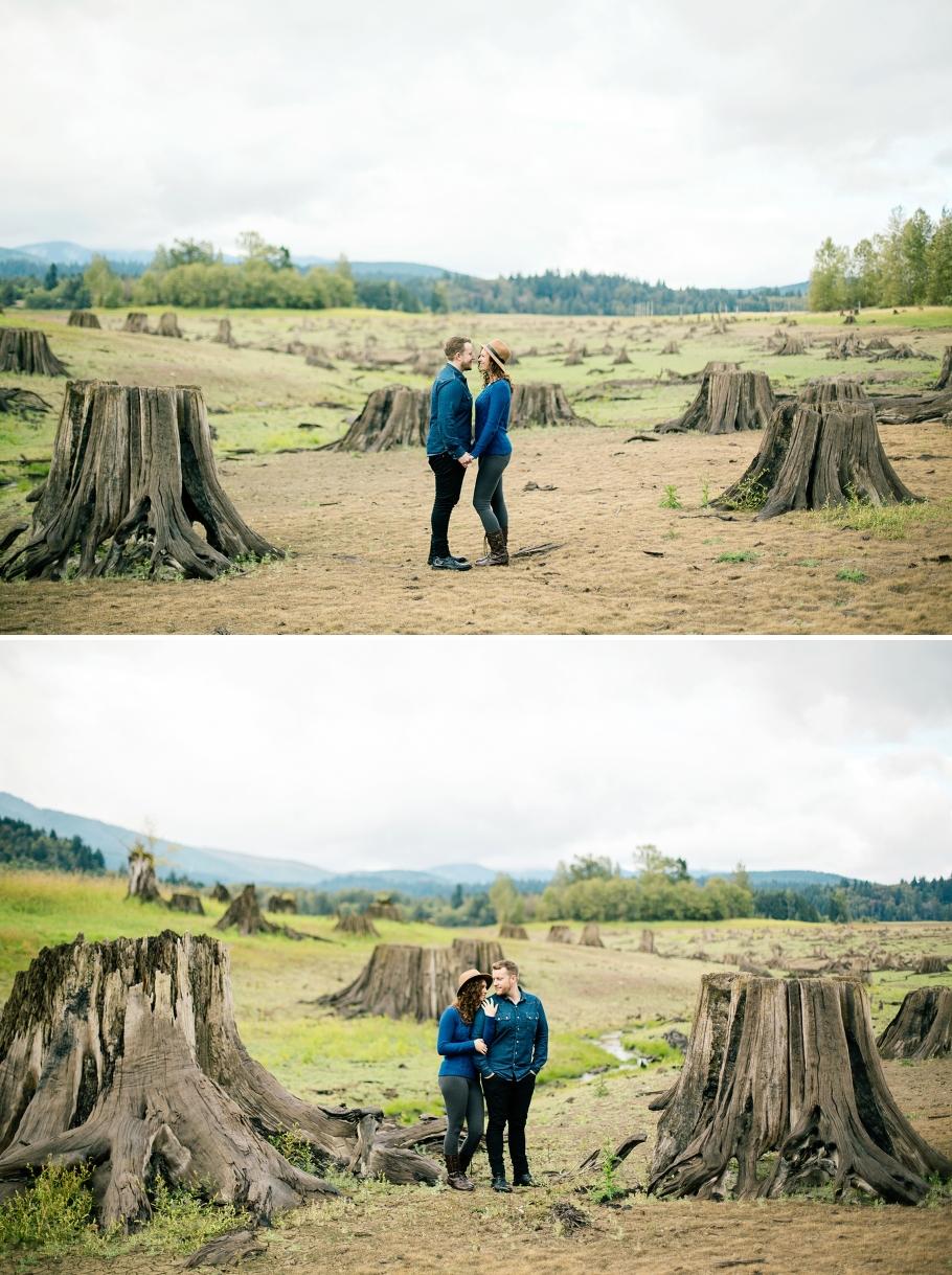 2-Mount-Rainier-National-Park-Photos-Anniversary-Sesssion-Adventure-Fall-Northwest-Photographer-Seattle-Wedding-Photography-by-Betty-Elaine