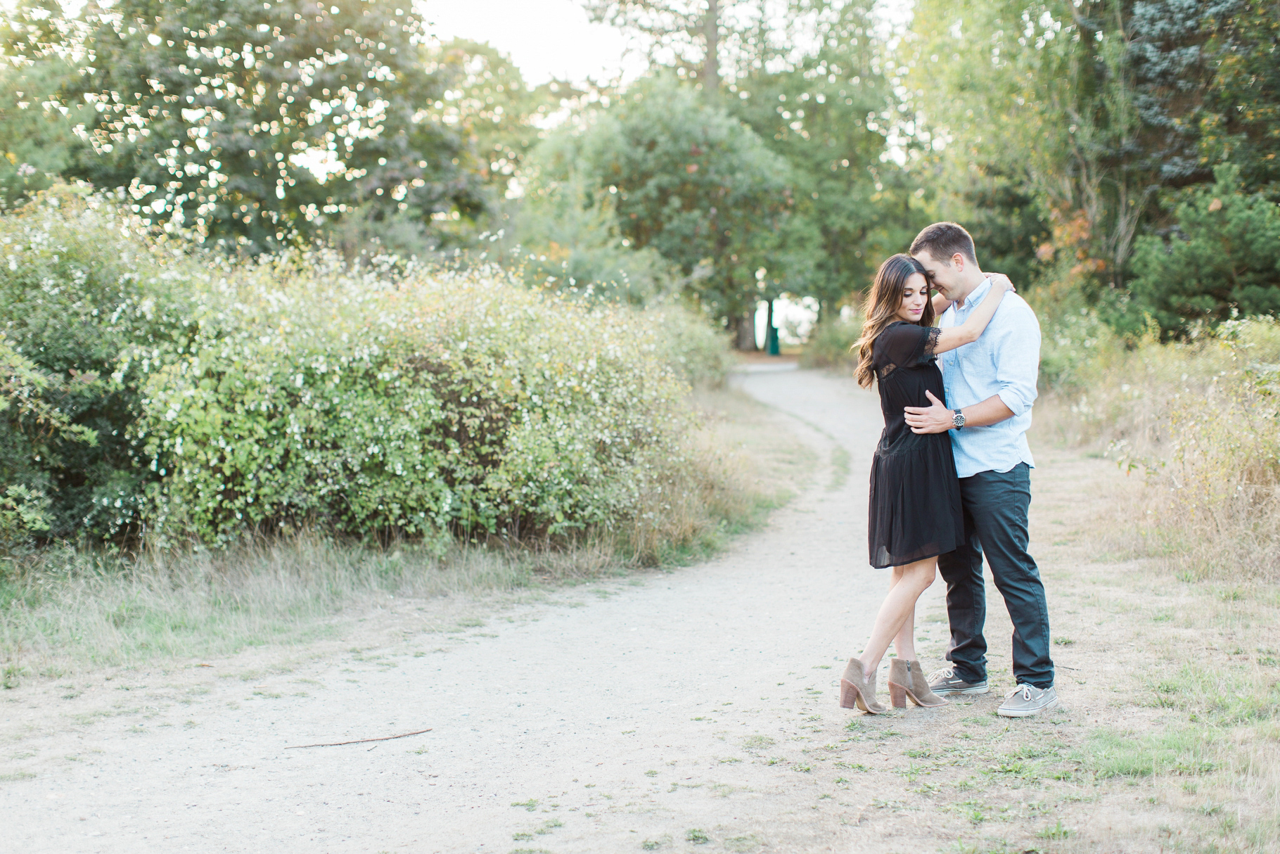 Discovery-Park-Seattle-Engagment-Photographer-Wedding-Photography-by-Betty-Elaine_0006