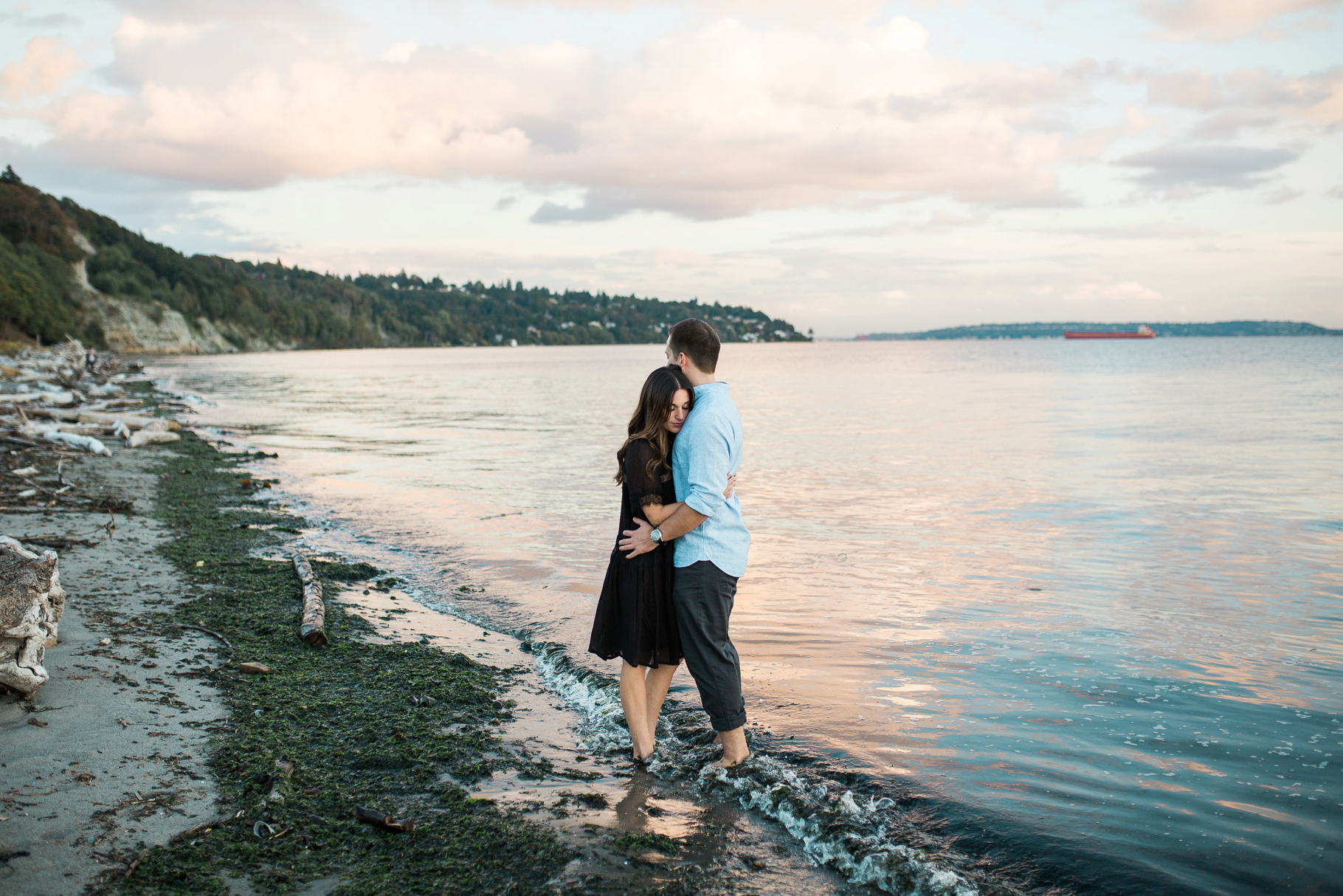 Discovery-Park-Seattle-Engagment-Photographer-Wedding-Photography-by-Betty-Elaine_0018