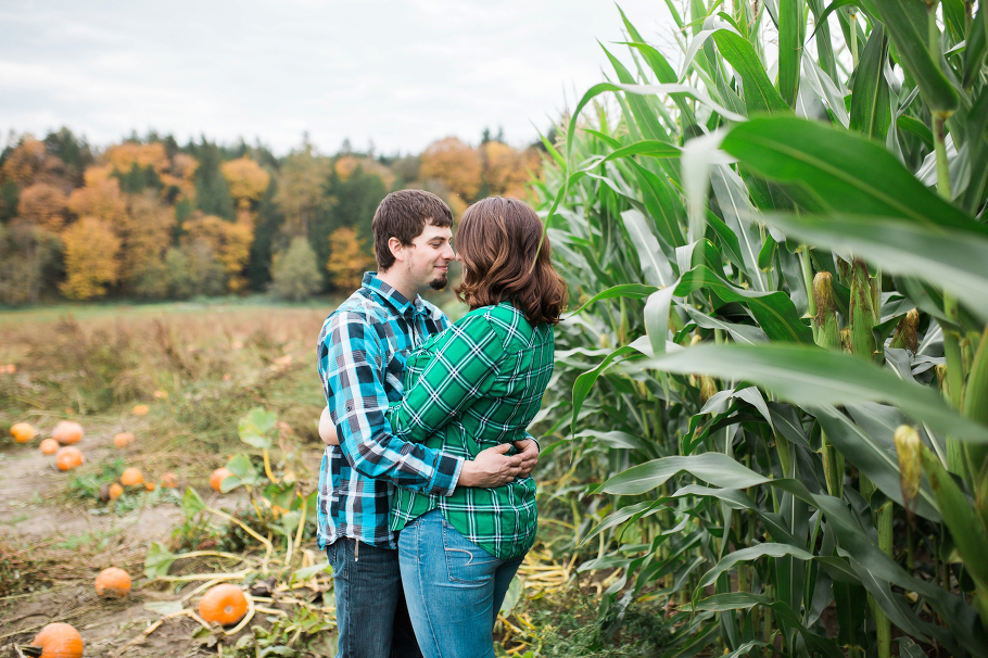 craven-farm-snohomish-engagement-session-photography-seattle-wedding-photographer-3