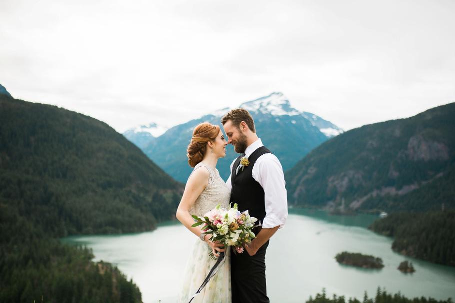 diablo-lake-elopement-seattle-wedding-photographer-bhldn-photography-hiking-adventure_0002