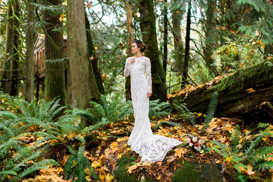 1-TreeHouse-Point-Elopement-Bridal-Photography-Washington-Destination-Wedding-Photographer-Seattle
