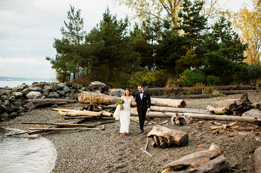 1-Eloping-in-Seattle-packages-Edgewater-hotel-wedding-seattle-photographer-Olympic-Sculpture-Park-bride-groom-portraits