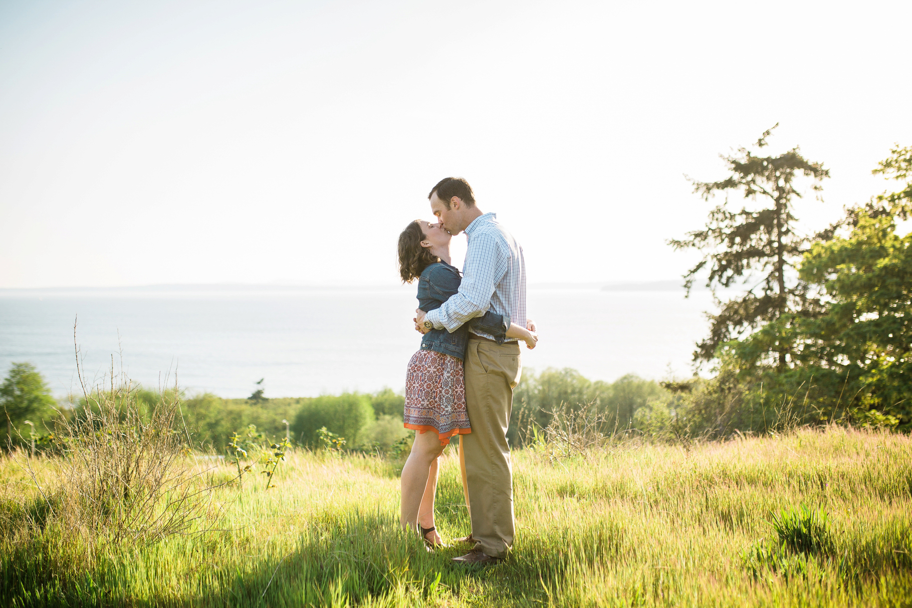 Richmond-Beach-Saltwater-Park-Engagement-Session-Engaged-Wedding-Photographer_0002