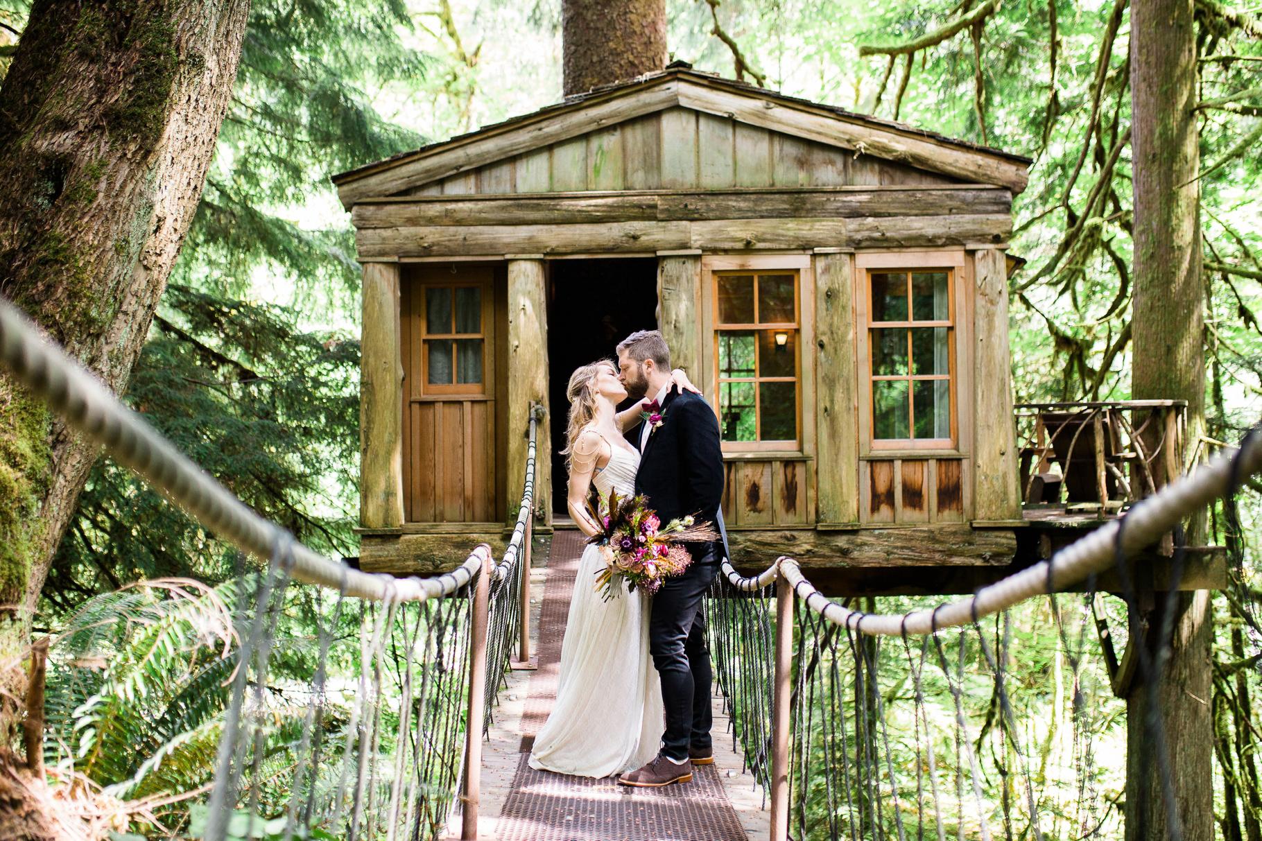 10-Treehouse-Point-Elopement-Seattle-Wedding-Photographer