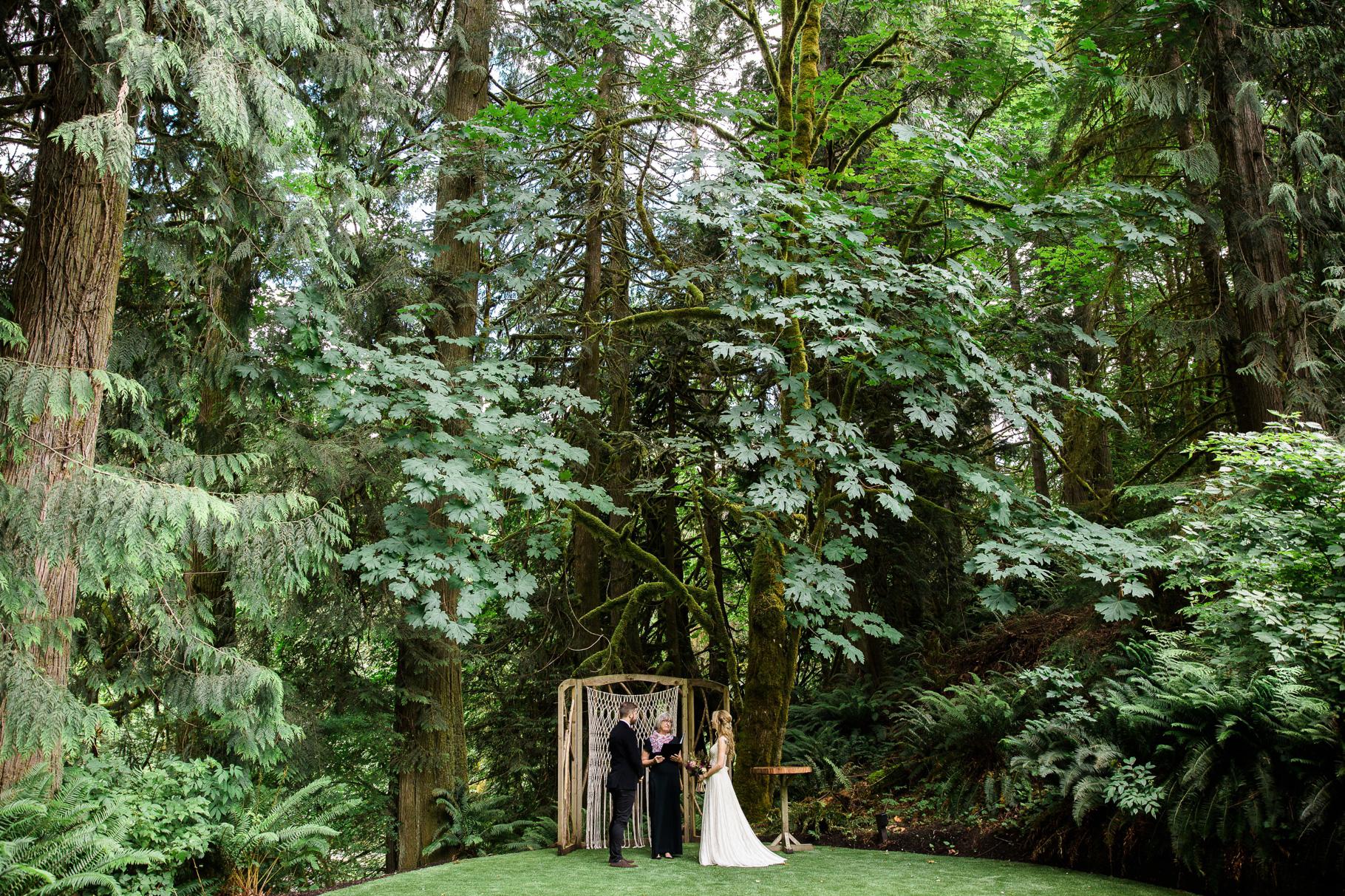 11-Treehouse-Point-Elopement-Seattle-Wedding-Photographer-Ceremony