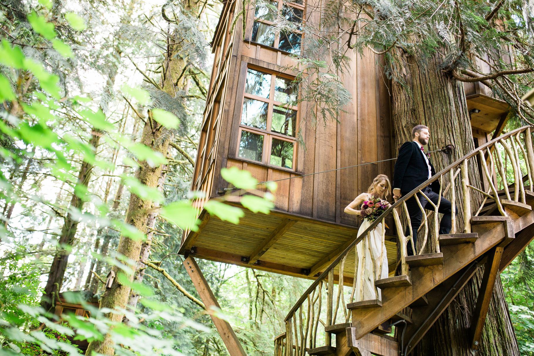 8-Treehouse-Point-Elopement-Seattle-Wedding-Photographer