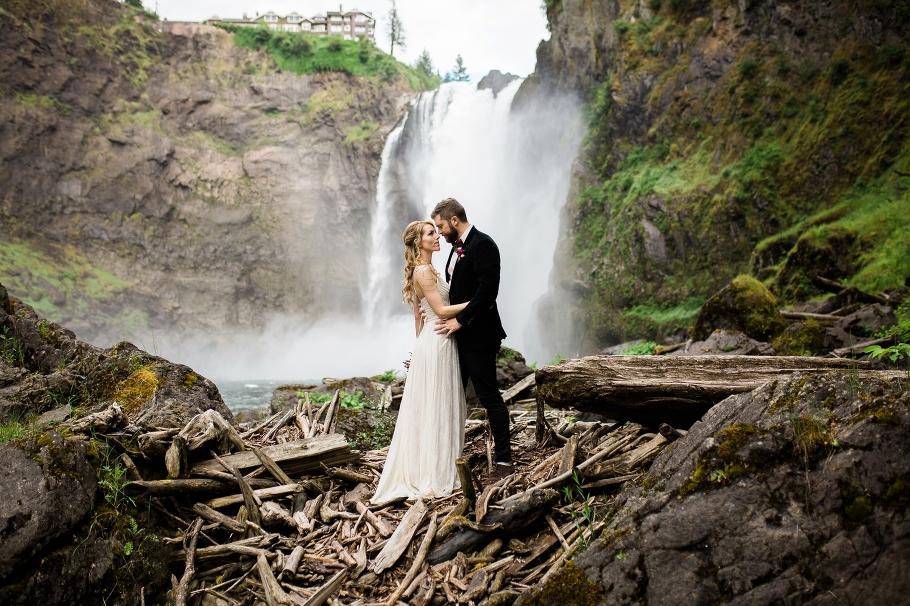 Treehouse Point Elopement Seattle Wedding Photographer 0028