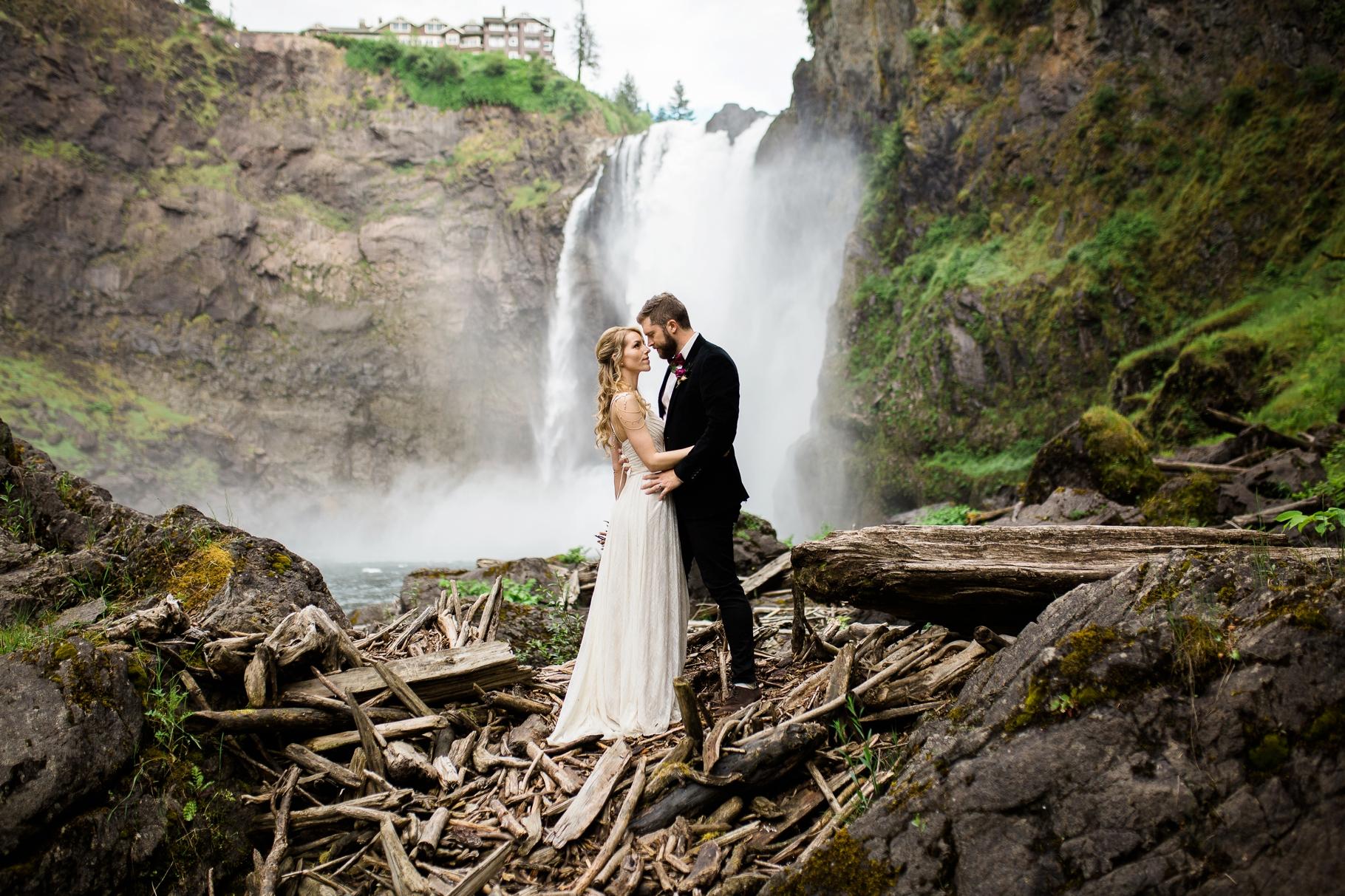 Treehouse-Point-Elopement-Seattle-Wedding-Photographer_0028
